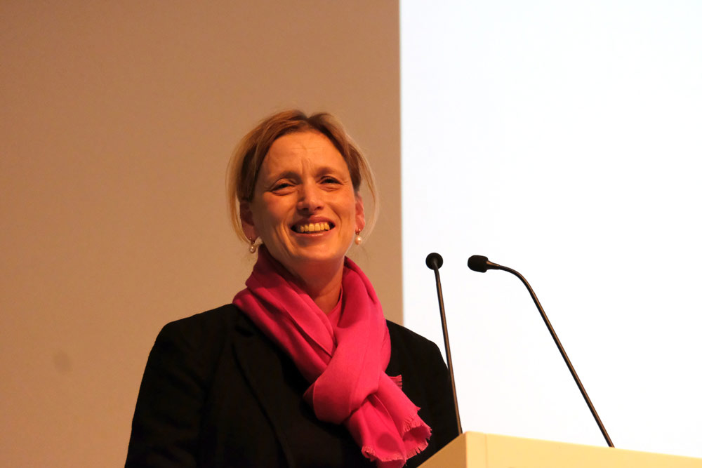 Ministerin Karin Prien stellt ihre kulturpolitische Halbzeitbilanz vor